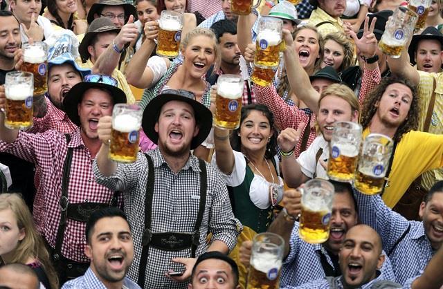 Lễ hội bia Okatoberfest