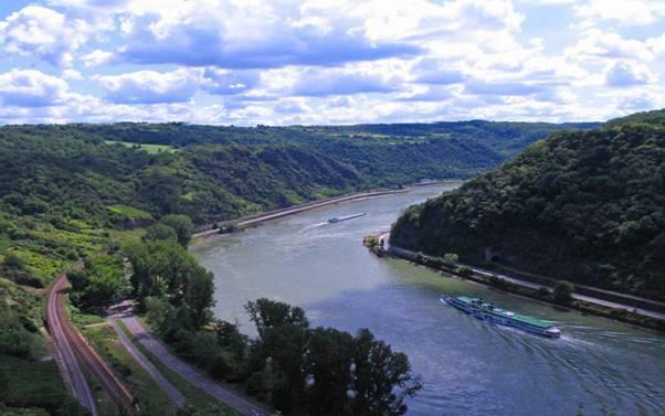 sông Rhine