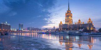 Đêm trắng ở St. Petersburg