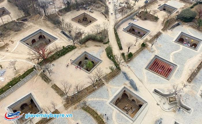 Ngôi làng cổ có lịch sử hơn 4000 năm và nằm hoàn toàn dưới lòng đất