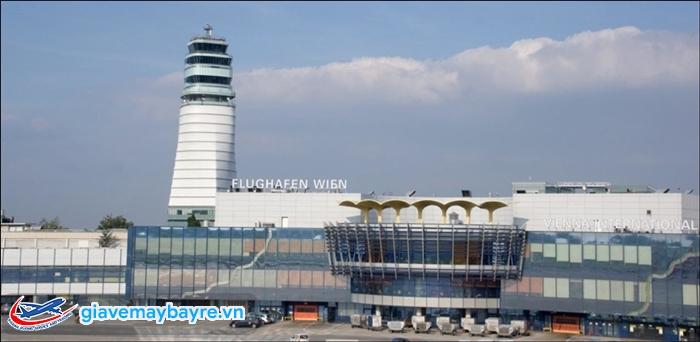 """Sân bay""""Flughafen Wien-Schwechat"""" rất đẹp"""