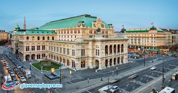 Nhà hátOpera–Wiener Staatsoper, biểu tượng về âm nhạc ở nước Áo