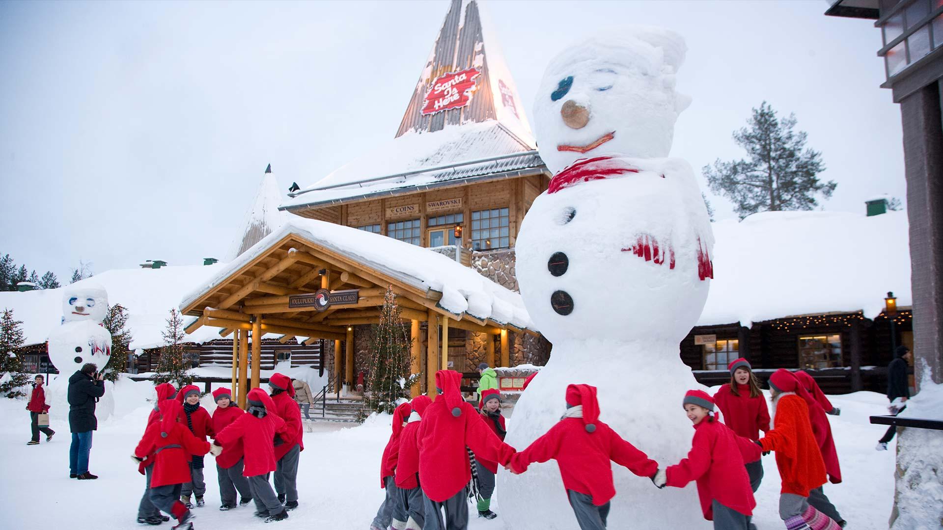 Ngôi làng Ông già Noel ở Lapland